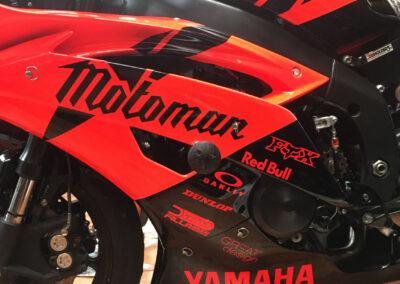 polep motorky Yamaha